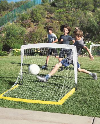 sklz Schnell Aufbaubares Mini Fussballtor